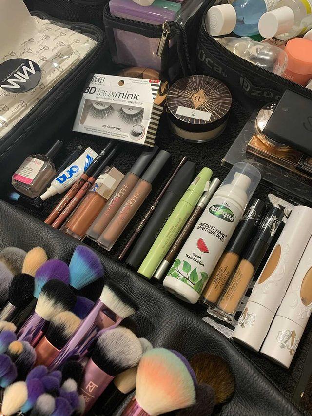 makeup bag 01